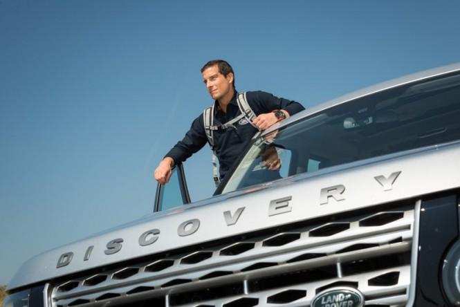 Bear Grylls i Land Rover