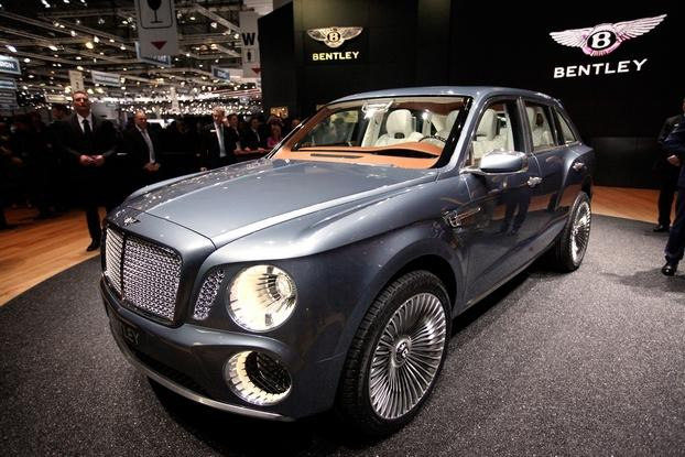 Bentley Bentayga testowany na torze