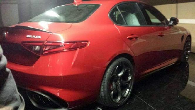 Alfa Romeo Giulia-wyciekły zdjęcia!