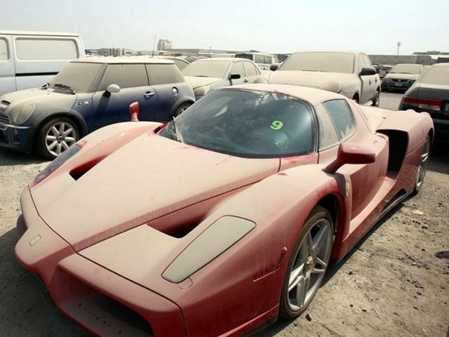 Co gnije w Dubaju?