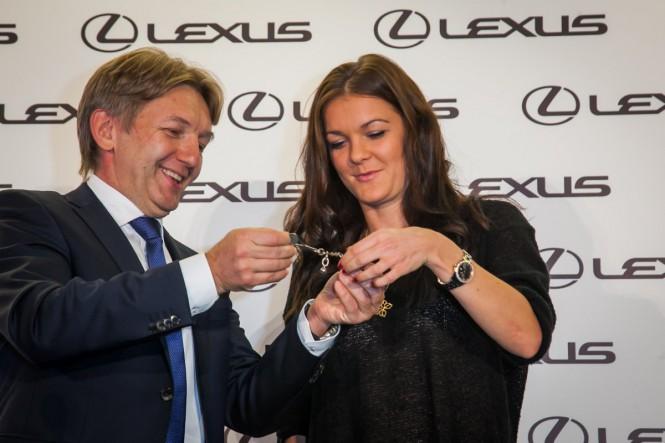 Prezent dla Radwańskiej od Lexusa