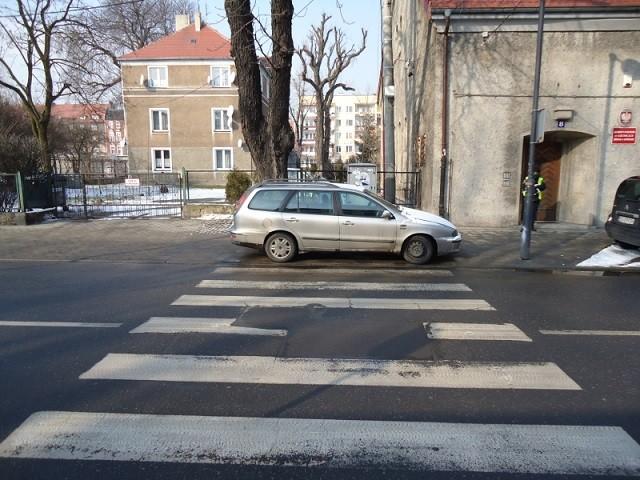 """""""Mistrzowie"""" parkowania"""