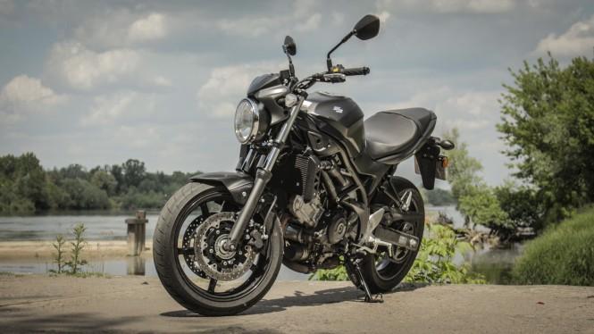 Suzuki SV650A: uniwersalny przyjaciel motocyklisty