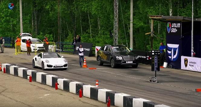 Bentley Bentayga vs. Porsche 911 Turbo - kto wygra?