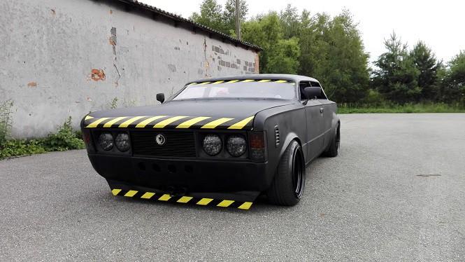"""Fiat 125p jak z Mad Maxa! Jedyny taki """"Kredens"""" w Polsce"""