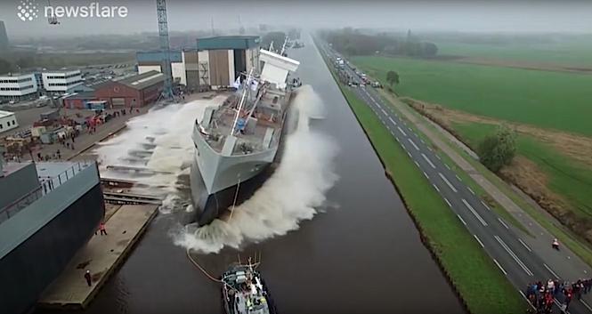 Na drodze uwaga na spadające... statki!