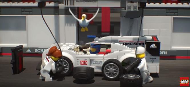 Twój własny team wyścigowy - tyle że z klocków Lego