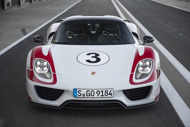 Porsche 918 Spyder jest warte więcej niż prywatna wyspa