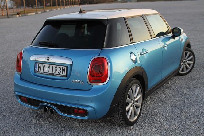 Błękitny grom. Test 5-drzwiowego Mini Coopera S