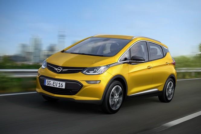 Opel Ampera-e: 500 km na jednym ładowaniu