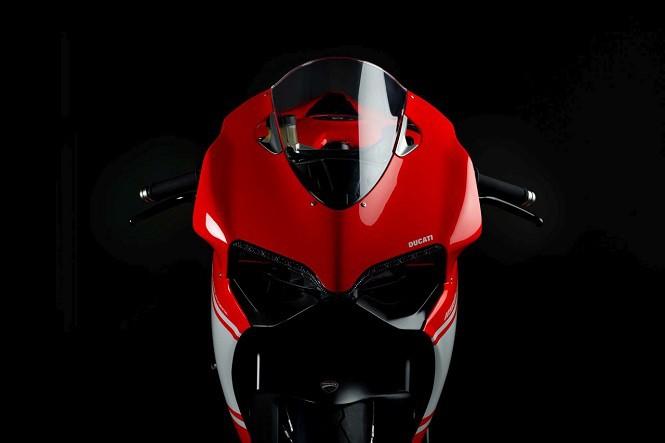 Project 1408: Ducati szykuje model 1299 Superleggera?