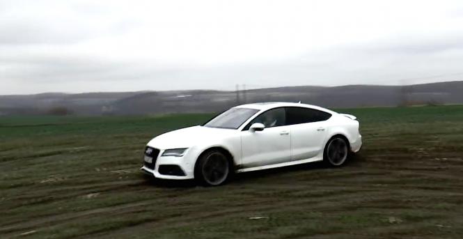 Kobieta (choć w sumie saper), Audi i... pole do zaorania