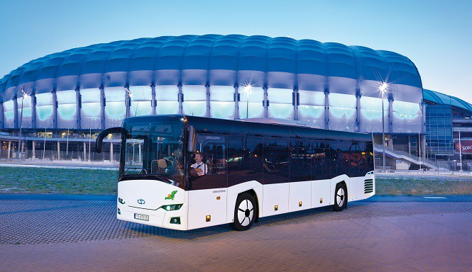 Pierwsze dostawy w ramach największego kontraktu w historii firmy Solaris na dostawę 300 autobusów do Włoch