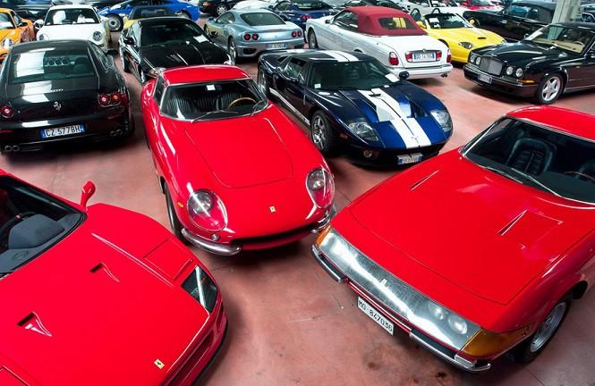 Sprzedano auta za miliony złotych! Gorący weekend kolekcjonerów aut