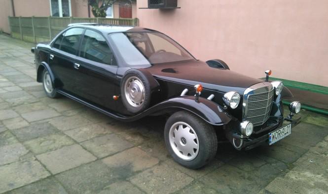 Ten Opel wypala oczy!