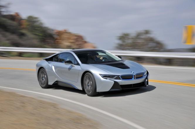 BMW i8 najlepiej sprzedającą się hybrydą sportową