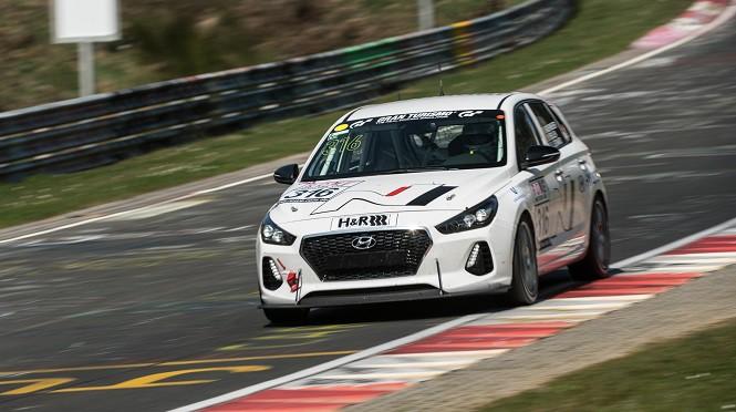 Hyundai testował i30 N podczas serii wyścigowej VLN na torze Nurburgring