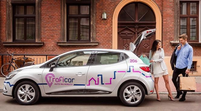 Krakowiacy będą mogli wypożyczyć Renault Clio na minuty