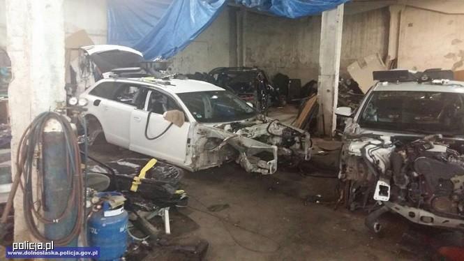 Policjanci zlikwidowali dziuplę z częściami aut skradzionych w Polsce i w Niemczech