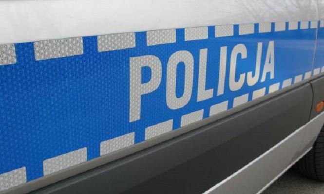 Policjant pomógł rodzącej kobiecie, która pędziła do szpitala