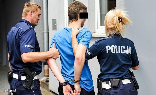 Policjanci drogówki odzyskali kawę wartą 900 tys. zł