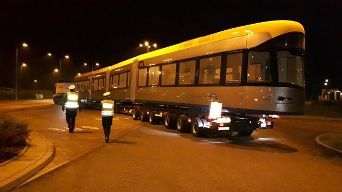 Zestaw przewożący tramwaj był przeciążony o 46 ton