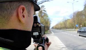Kierowca BMW pędził po Łodzi z prędkością 178 km/h!