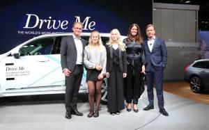 Volvo przedstawiło rodzinę, która będzie jeździć samochodem autonomicznym