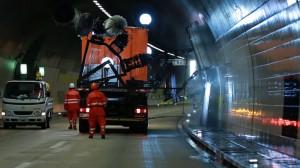 Czyszczenie tunelu w Szwajcarii