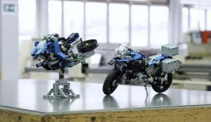 BMW zaprezentowało motocykl inspirowany modelem Lego Technic
