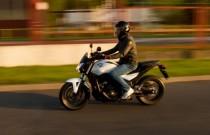 Honda NC750S - sposób na korki?
