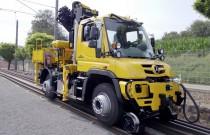 Unimog U423 pociągnie skład kolejowy nawet o masie kilkuset ton