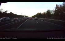 Autopilot Tesli uchronił przed wypadkiem