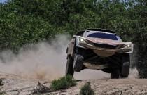 Pierwsze etapowe zwycięstwo Peugeota 3008DKR w Rajdzie Dakar