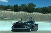 Ten motocykl przemierza świat bez jeźdźca