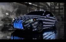 Bardzo kolorowy Lexus IS obłożony 41 999 diodami LED