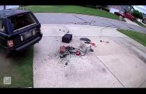 Range Rover i nieudany manewr J-turn