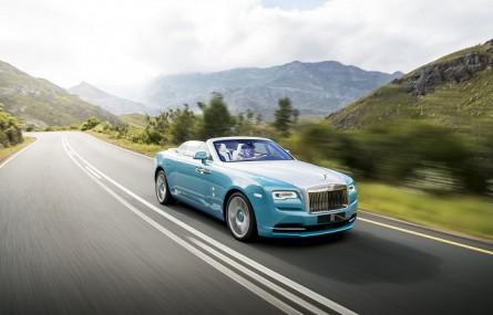 W najnowszym PLAYBOYU: pierwsza jazda Rolls-Roycem Dawn