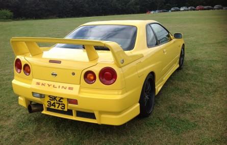 Co jest nie tak z tym Nissanem Skyline? Podpowiedź: LPG...