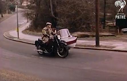 Dziwne pomysły na jednoślady: motorówka w koszu