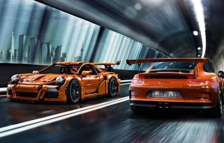"""Porsche 911 GT3 RS z klocków Lego zostanie pokazane podczas """"Festiwalu Lego"""""""