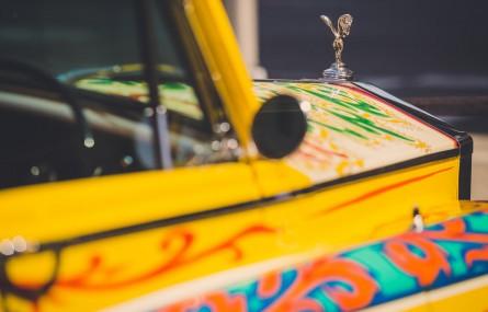 """Historia Rolls-Royce'a """"The John Lennon Phantom V"""""""