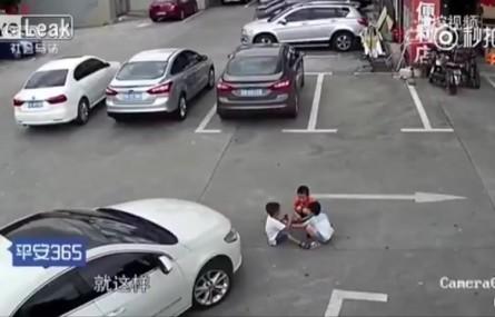 Chinka przejechała trójkę dzieci i w ogóle się tym nie przejęła