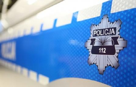 Policjanci pomogli dowieźć chorą na serce do szpitala