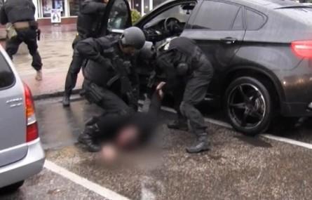 Policjanci CBŚP z Gorzowa Wielkopolskiego rozbili gang złodziei samochodowych