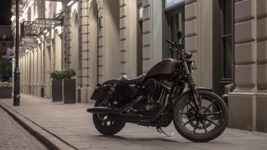 Harley-Davidson Iron 883/fot. Łukas...