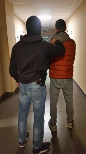 Kradli w Niemczech, wpadli w Warszawie - zdjęcie 1